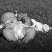 Baby en puppy