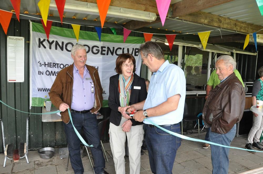 En nu is het clubhuis van KC 's-Hertogenbosch e.o. officieel geopend!